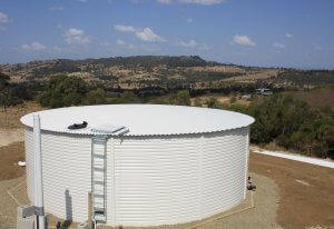 Pioneer Water Tank in Surfmist Lowood